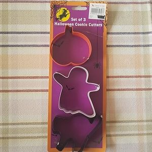Set of 3 Halloween Cookie Cutters. New, never used